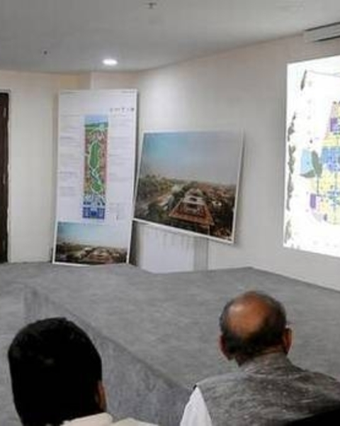 Grand plans: Associate architect of Foster + Partners Harsh Thapar giving a presentation on Amaravati at the Assembly Committee Hall in Velagapudi on Saturday.